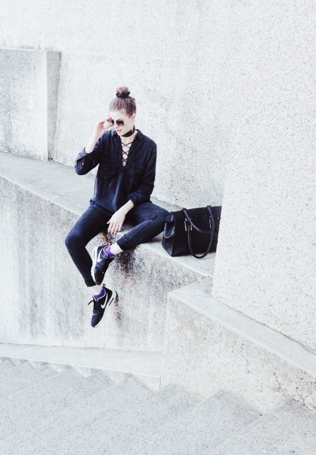 Spring Fashion, Ootd, Outfit, Sporty, Chic, Monochrome, Shapes, Art, Architecture, Nike,
