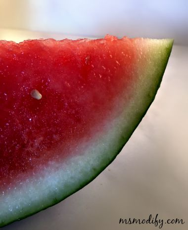 5 reasons to eat watermelon