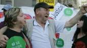 desahucios_protestas_congreso_EFE_foto610x342