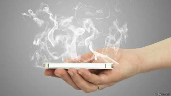 phone becomes very hot