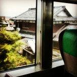 εικόνες μέσα από τρένο