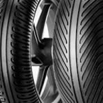 tires-pirelli-diablo-rain-close-up-tires