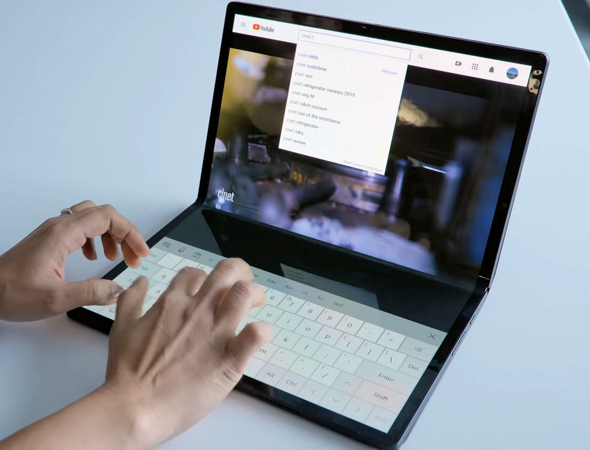 Intel shows off Intel Horseshoe Bend 17-inch folding screen laptop -  MSPoweruser