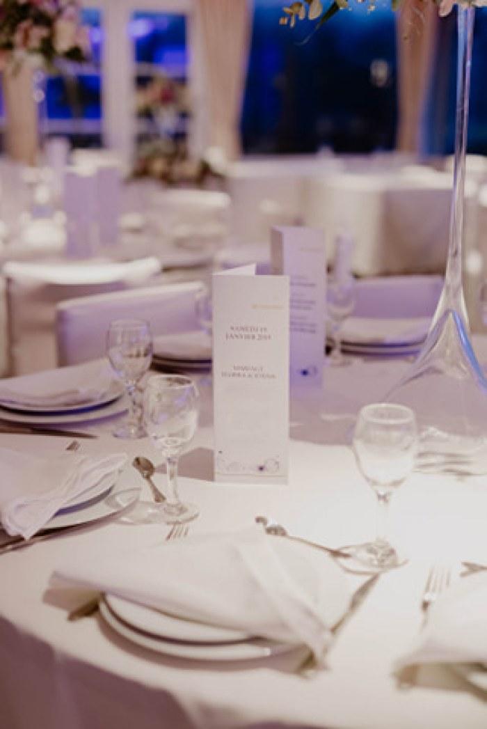 Décoration table mariés et menu