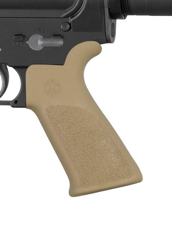 Hogue AR-15/M-16 Rubber Grip Beavertail with No Finger Grooves (Options)