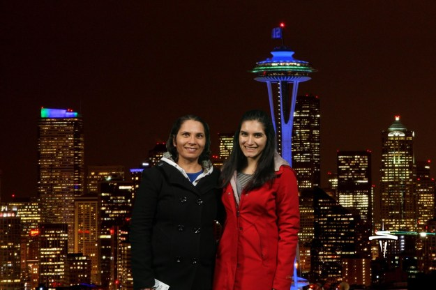 Spending the Holidays in Seattle w/ mom