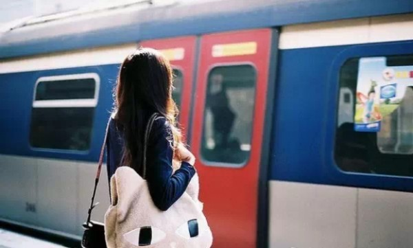 分手最痛的結局,就是人走了,感情還在;時間變了,心沒變!但你還痴痴地付出和等待 ...