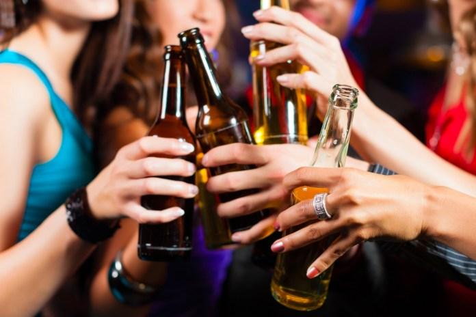 12星座喝醉酒以後會有什麼表現,太會藏了!