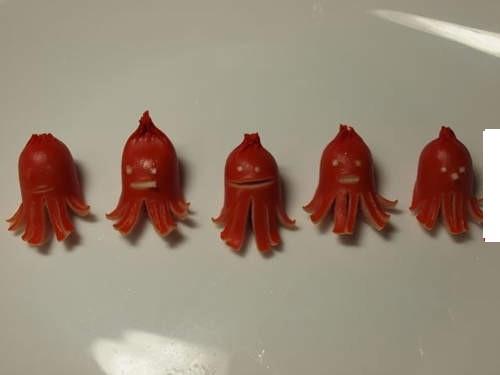 日本人妻都喜歡這樣「玩香腸」難怪老公每天開心上班!