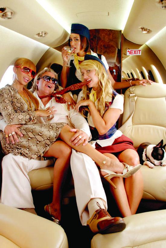在飛機上還能做這些?全球十大奇葩航空服務