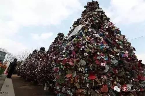 全球十大最著名的同心鎖懸掛地,為你的愛情加上封印!