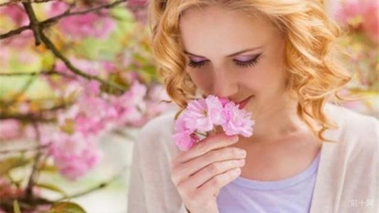 """有沒有遇過""""似曾相識""""的瞬間? 感覺認識一個人但卻未曾相見"""