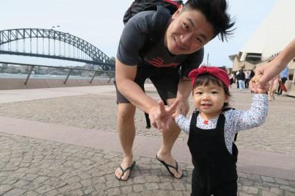 Oska, Olive and the Sydney Harbour Bridge.
