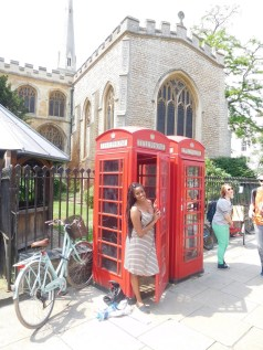 Can't go to London and not get a phone booth picture.