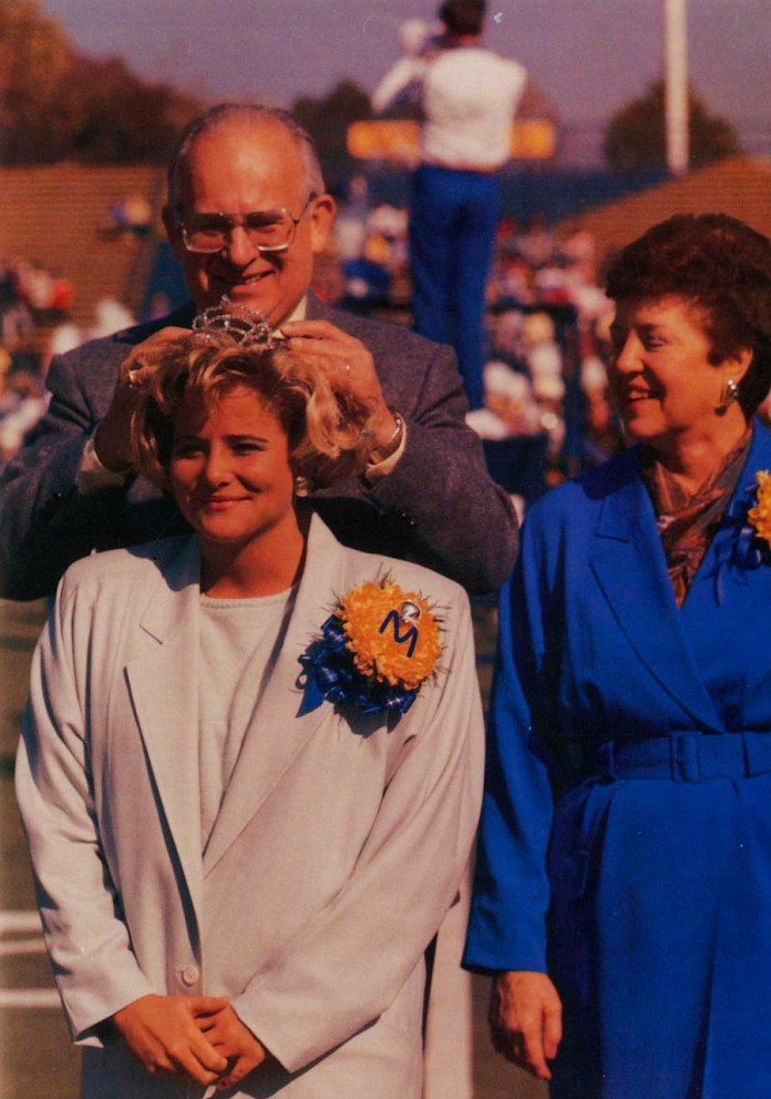 1987 Homecoming Queen crowning