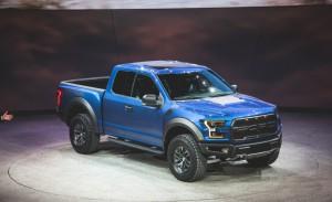 2017-Ford-F-150-SVT-Raptor-1041-876x535