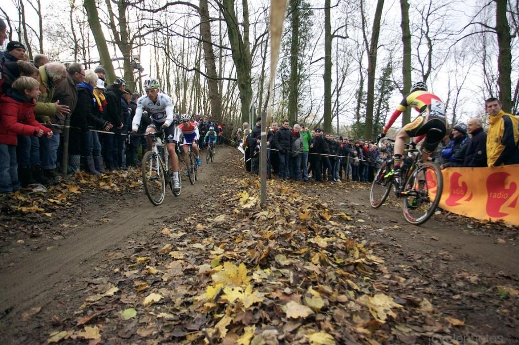2013-cyclocross-overijse-21-wide2-1024x682