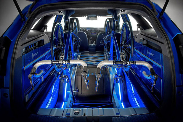 O Civic Tourer possui capacidade de armazenagem interna de 1.668 litros