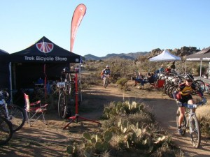 Trail side pit. The Trek Store Colorado gave me some awesome support.