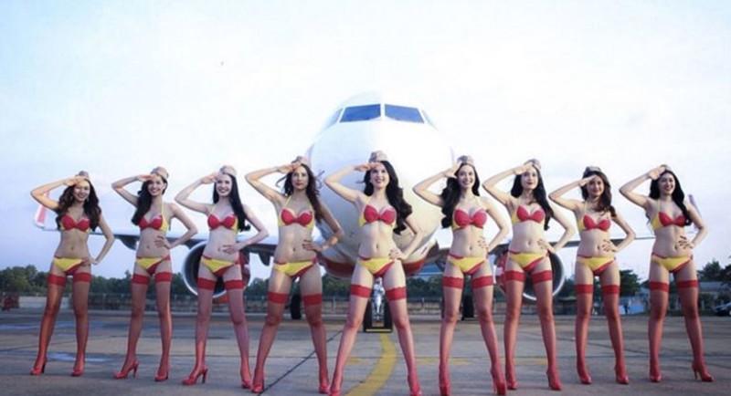 Лоукостер со стюардессами в бикини задумался о полетах в Россию Вьетнам, бикини, стюардессы