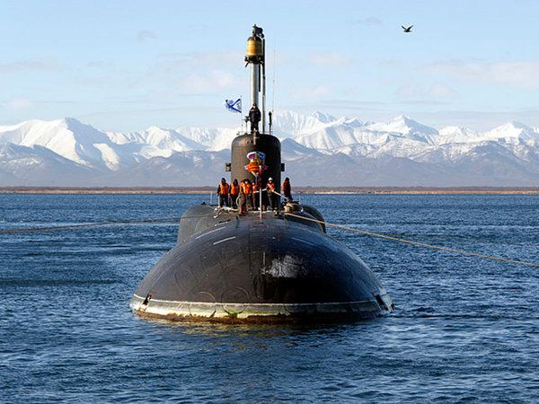 """Британия в бешенстве из-за подводок России с """"Калибрами"""" у своих берегов: их никто не может ни заметить, ни поймать"""