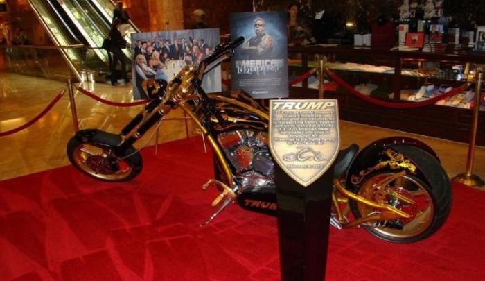Вот такой мотоцикл для бизнесмена. |Фото: fishki.net.