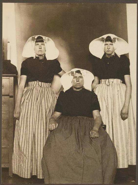 Три немецкие женщины. 1905 год о. Эллис америка, иммигранты, исторические фото, история, остров Эллис, факты