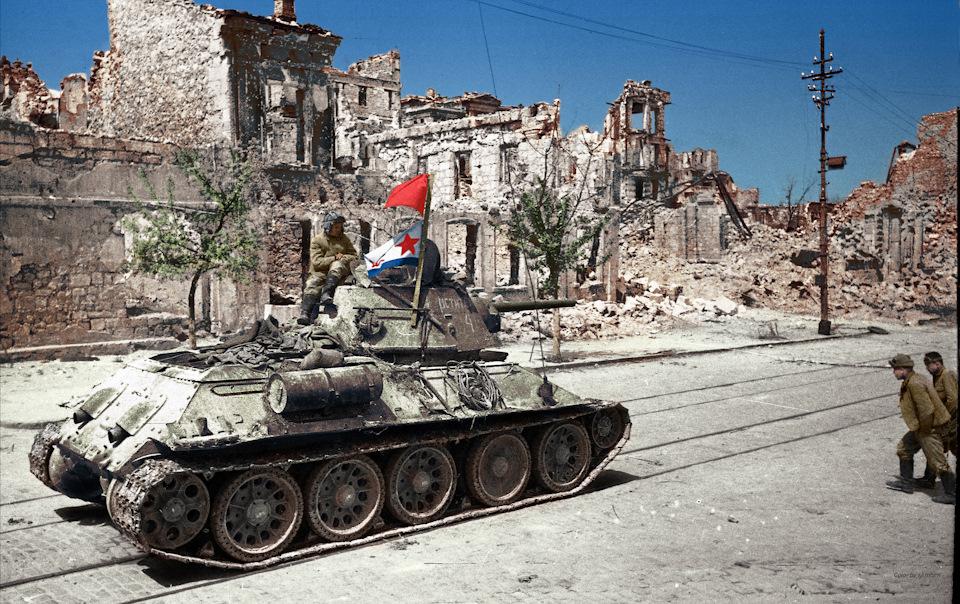 От героев былых времён — цветные фото Великой Отечественной войны!