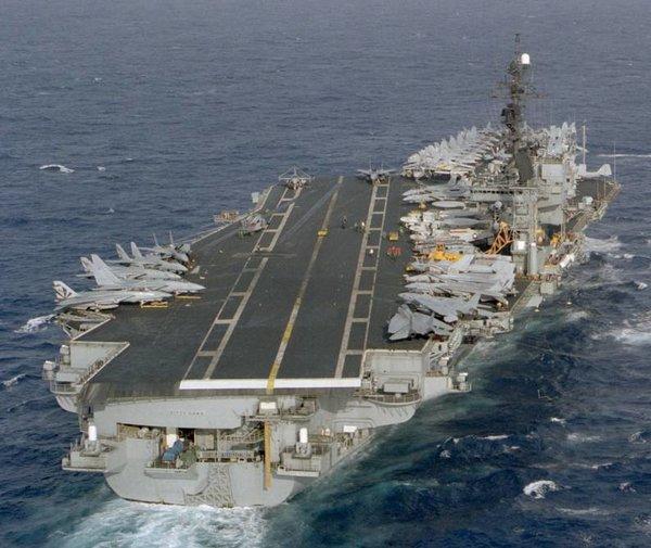 Авианосец USS Kitty Hawk (CV-63)