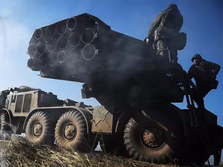 Киев испугали российские реактивные «Ураганы» у границы с Донбассом