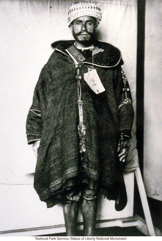 Мужчина из Северной Африки америка, иммигранты, исторические фото, история, остров Эллис, факты