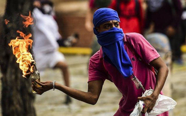 Бунт в Венесуэле по американскому заказу. Анатолий Вассерман