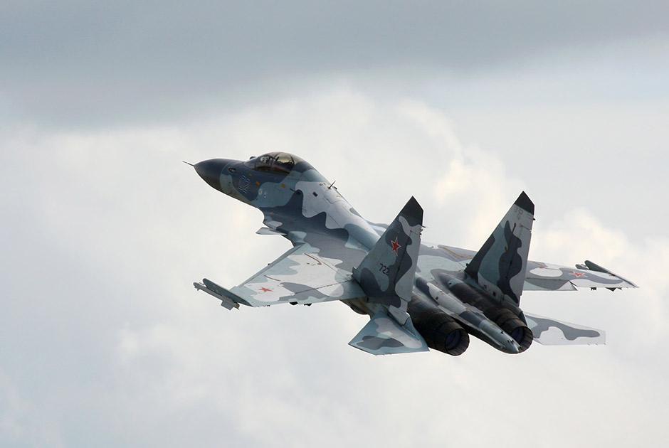 Многофункциональный сверхманевренный истребитель Су-30МКИ