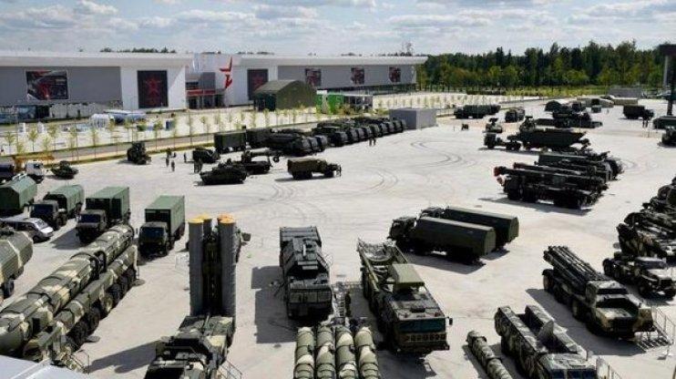 В Москве предложили поставлять оружие ЛДНР