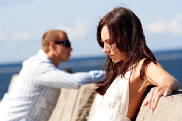 Муж не любит жену: признаки того, что супруг вас разлюбил