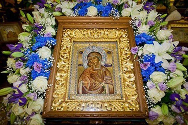 29 августа Празднование в честь иконы Божьей Матери Феодоровской.