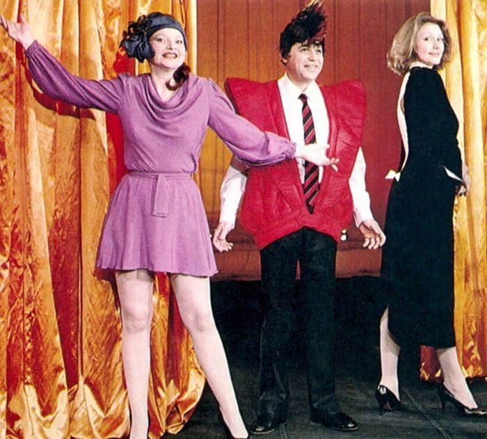 Евгений Петросян, Елена Степаненко и Галина Сазонова в спектакле «Как поживаете?», 1986 год.