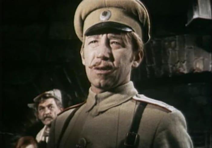 Борислав Брондуков из фильма *Шаг с крыши*, 1970