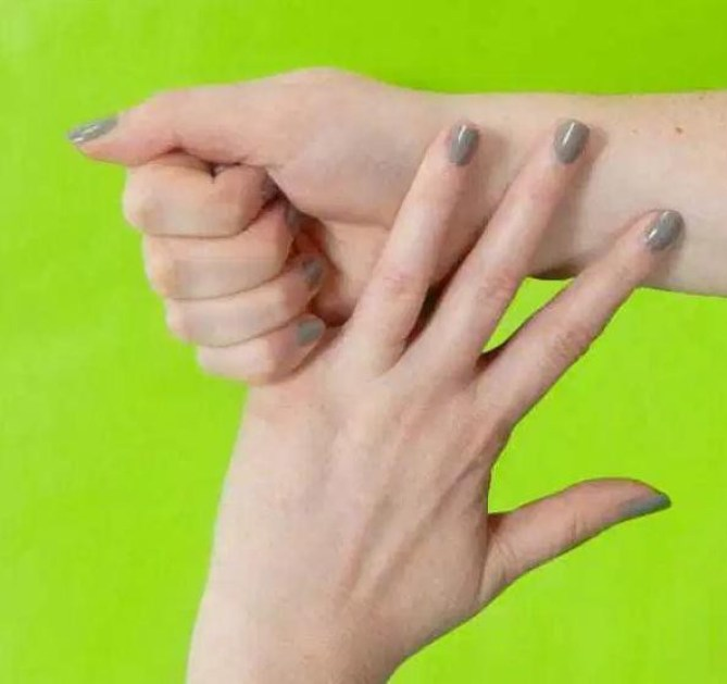Мизинец: стресс и нервозность палец, факты