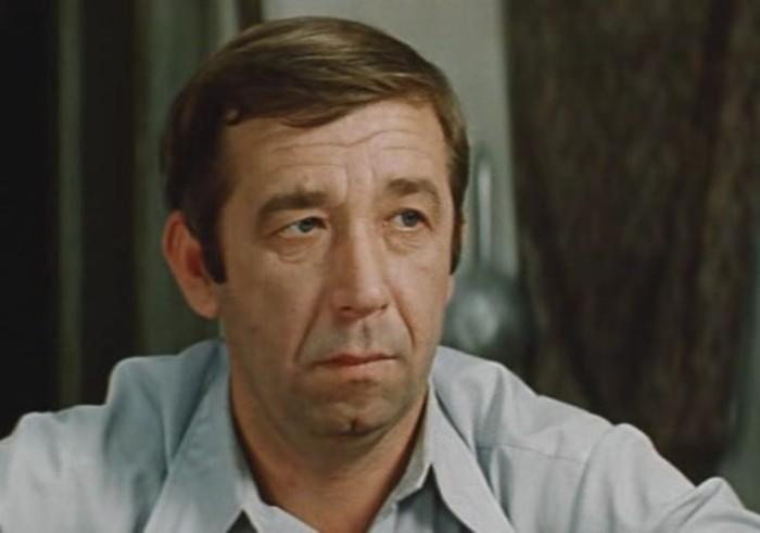 Борислав Брондуков из фильма *Вас ожидает гражданка Никанорова*, 1978