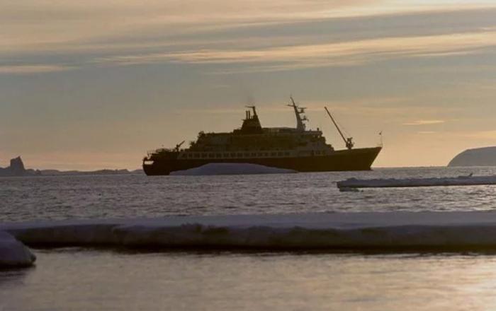 «Любовь Орлова»: пропавший без вести советский круизный лайнер