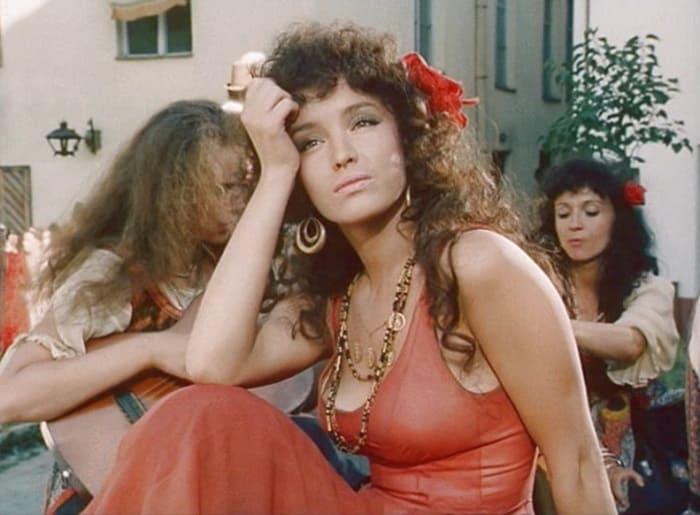 Кадр из фильма *Дон Сезар де Базан*, 1989 | Фото: kino-teatr.ru