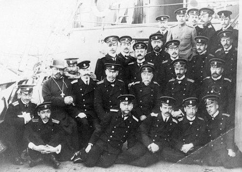 Ответ русских моряков за нанесенное Андреевскому флагу оскорбления