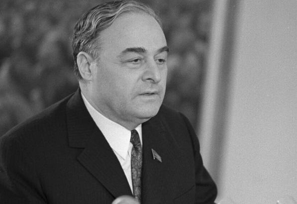 Почему застрелился секретарь Президиума Верховного Совета СССР Михаил Георгадзе