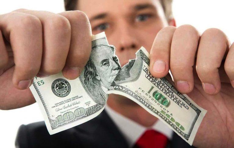 Россия движется к отказу от доллара