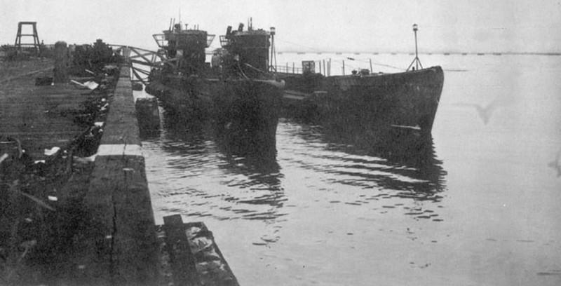 Плененные немецкие субмарины U977 и U530 пришвартованы в Бостоне (США). 1946 год. вторая мирова война, история