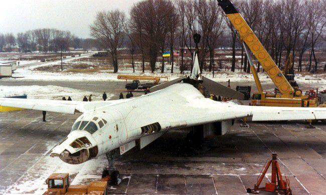 demontaz samolotow