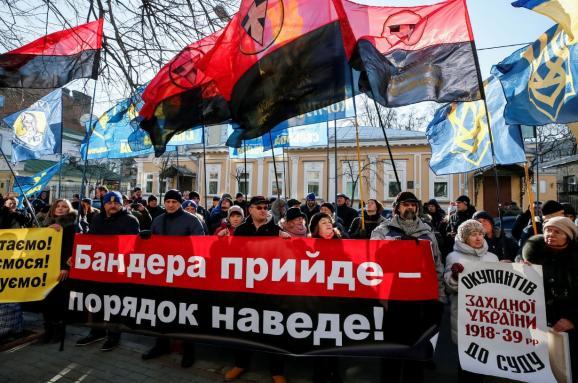 Украинские депутаты объявили, что не позволят полякам обвинять Украину в «воображаемых преступлениях» бандеровцев