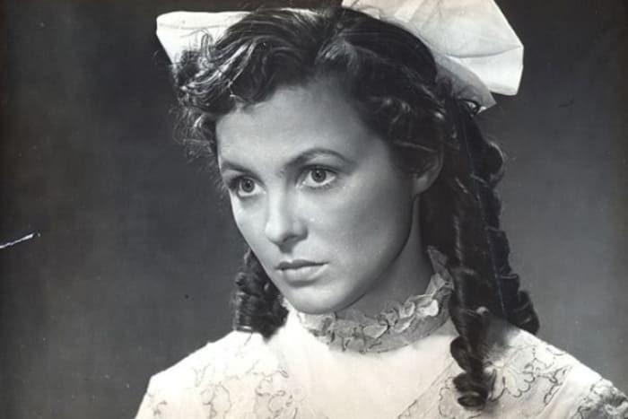 Вия Артмане в фильме *За лебединой стаей облаков*, 1956