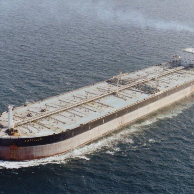 Полностью загруженному океанскому танкеру, движущемуся со скоростью 16 узлов необходимо почти 20 минут, чтобы полностью остановиться бесполезные, жизнь, интересно, прсото обо всем, факты
